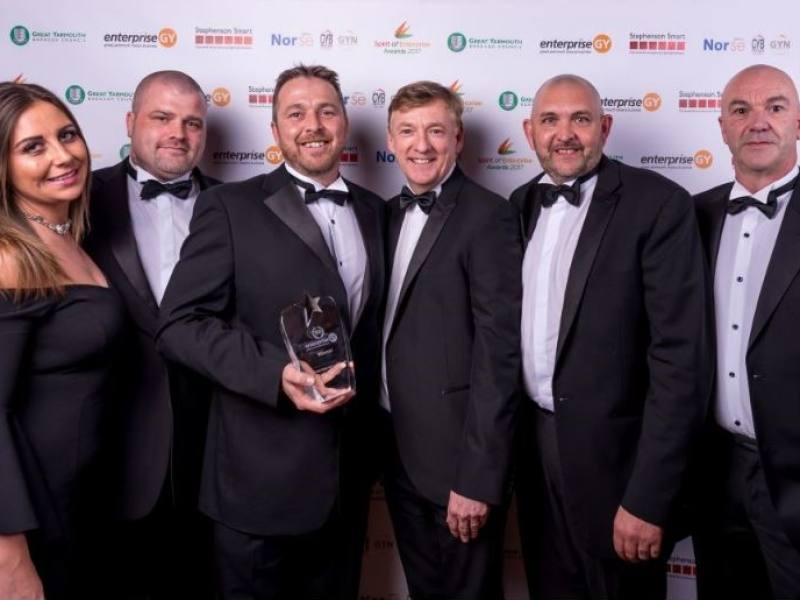 SIMMONS EDECO RECOGNISED FOR GREAT INTERNATIONAL GROWTH